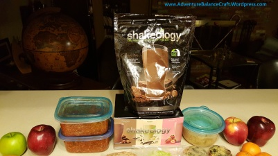 21 day fix style meal prep with spaghetti squash, broccoli cheddar soup and shakeology